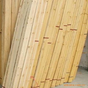 木材加工厂 优惠供应上色性好杉木硬杂木板材方木 支持混批