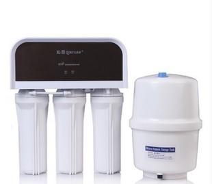 沁园净水器 RO-185DT 家用直饮 厨房过滤器 RO反渗透纯水机