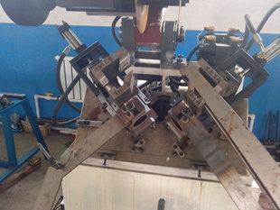机械及行业设备和其他行业专用设备门框角度切割机