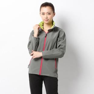 新款女士软壳户外运动速干外套 防风保暖透气吸湿排汗登山服批发