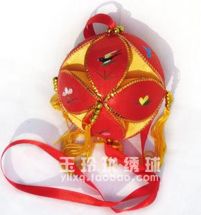 精品广西靖西旧州壮族10cm纯手工绣球工艺品幼儿园舞蹈活动用道具