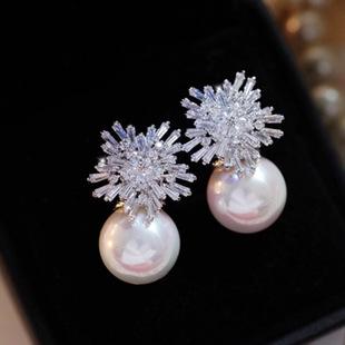 高端雪花朵锆石微镶925银针耳钉贝壳珍珠新娘耳环晚宴高档耳坠