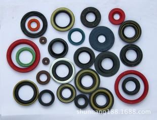 氟胶油封 各种橡胶件汽车油封 曲轴油封 气门油封 曲前/曲后油封