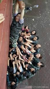 重庆企业拓展培训 军事化体验式培训 一定服从 锻炼意志 熔炼团队
