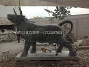 建宾雕刻厂石雕牛雕刻广场青石斗牛大理石牛摆件曲阳石雕