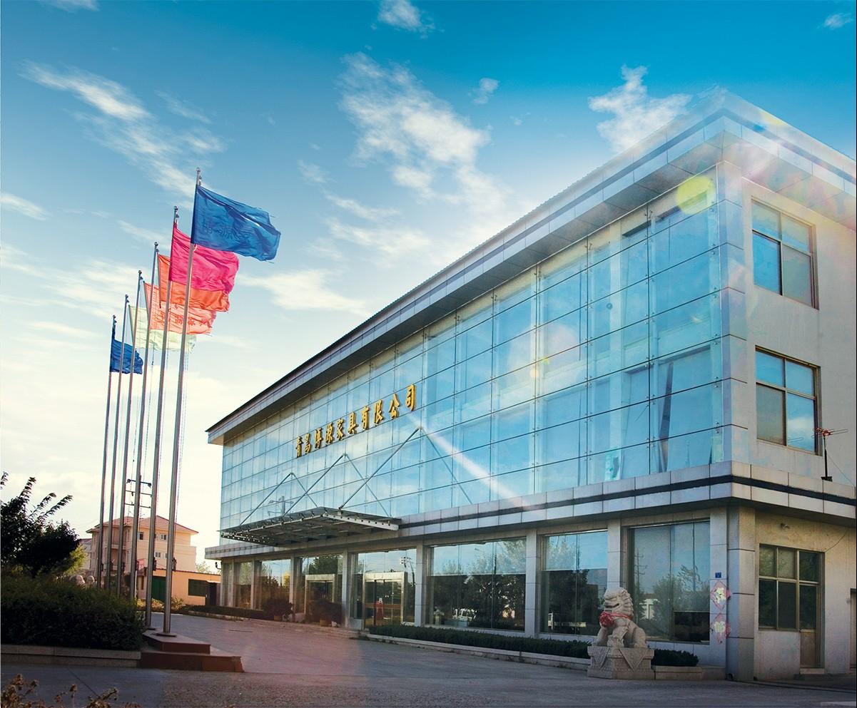青岛博源制造实业有限公司创建于2000年,形成办公家具,高档门窗两大