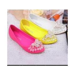 隆来鞋厂批发2013新款韩版甜美内水钻串珠尖头平底女单鞋