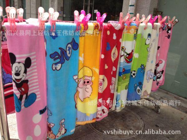 专业生产卡通法兰绒童毯大量现货供应!