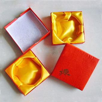 玫瑰花手链盒子手镯盒子首饰盒子包装饰品盒子大红色盒子