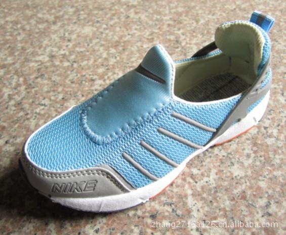 一件代发淘宝爆款网布童鞋亲子鞋 网面运动鞋