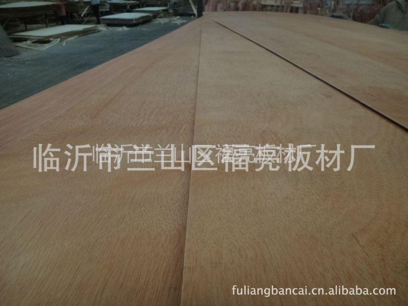 供应临沂胶合板 PLB杨木芯三合板 2.5MM厚度 家具内衬