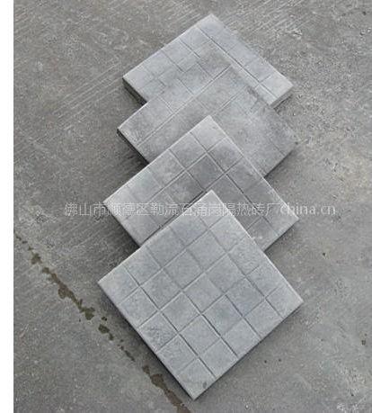 供应天面隔热砖、泡沫隔热砖、挤逆板隔热砖