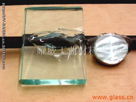 玻璃粘金属高强uv胶(东莞巴斯)