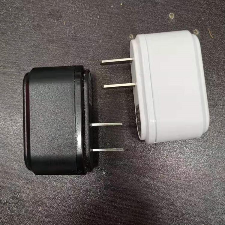 中粵電池充電器usb頭5v1A轉燈變色燈充電器美規歐規鋰電池充電器