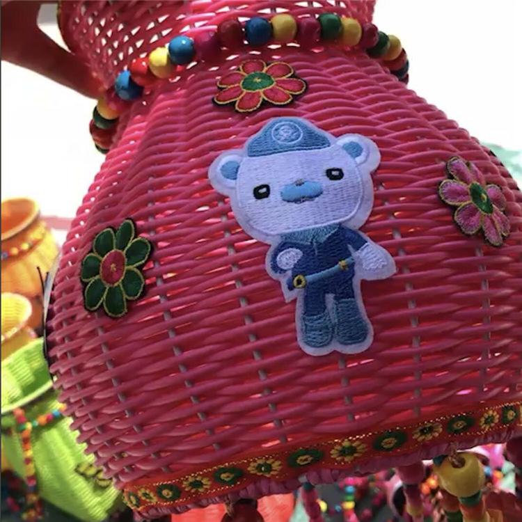民族儿童背篓小孩背筐彩色木珠风铃铃铛串珠线花边花朵贴片