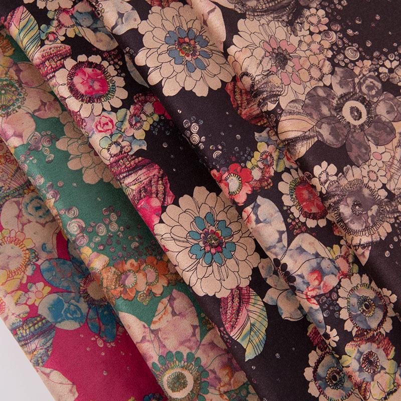 150cm印花麂皮绒涤纶化纤服装面料鹿皮绒外衣印花布现货供应批发
